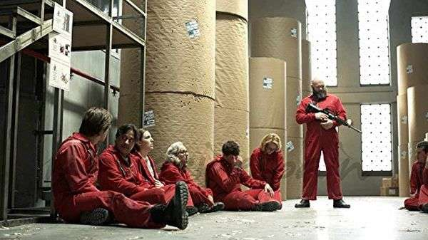 Бумажный дом 2 сезон: продолжение испанского триллера