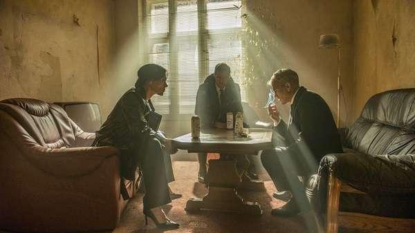 Кадр из сериала Берлинская резидентура