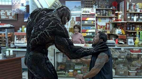 Кадр из фильма Веном