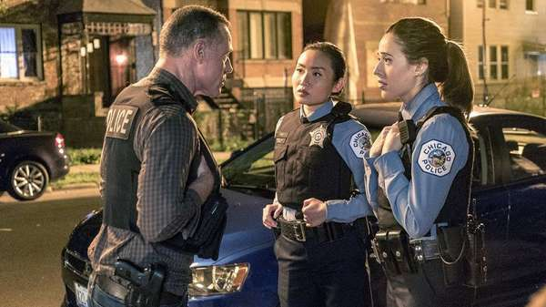 Кадр из сериала Полиция Чикаго